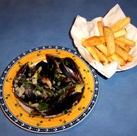 Mussels in a Creamy Saffron Broth